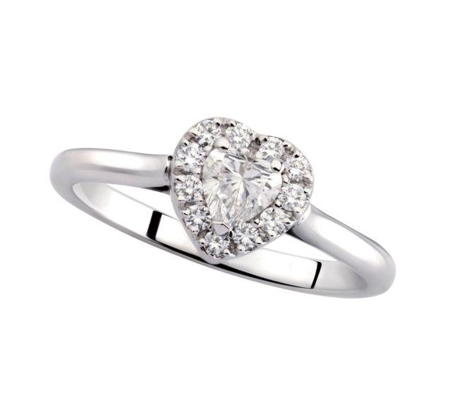 rivenditore di vendita e2e60 2ab76 Anello in oro bianco con diamante taglio cuore
